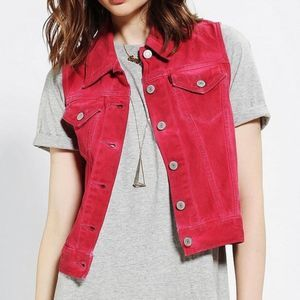 LEVIS | sz S red denim vest